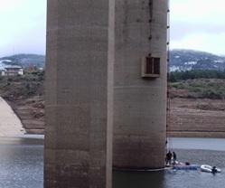 Arreglos en la presa de Navamuño