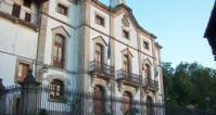La dirección de la Web municipal de Candelario es www.candelario.es