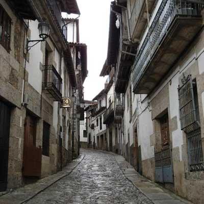Salamanca reúne en una guía el potencial turístico de sus conjuntos históricos