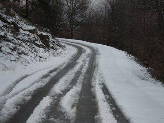 La quitanieves no trabaja en la carretera Candelario-La Garganta