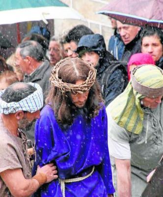 Se logra salvar el Vía Crucis de Candelario