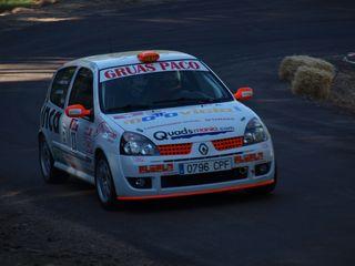 Candelario ocupa una página de la revista Autosport