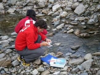 Cruz Roja promueve el voluntariado ambiental en Béjar dentro de Moviéndonos por el río