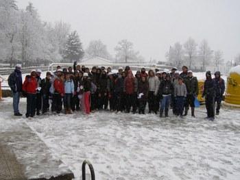 Setenta jóvenes de la Mancomunidad Guadiana participan en el viaje a la nieve corita